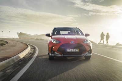Premiär för nya Yaris Hybrid – Sveriges mest sålda småbil