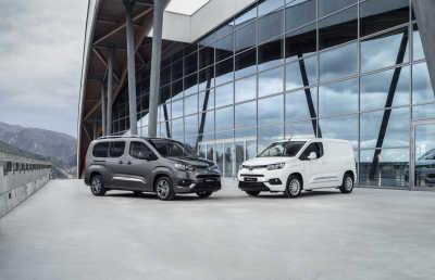 Nya Toyota PROACE CITY för smarta transporter