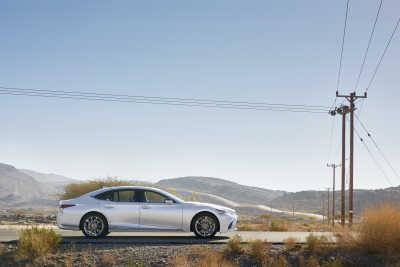 Lexus LS 500h-12