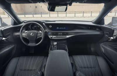 Lexus LS 500h-16