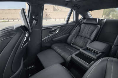 Lexus LS 500h-17