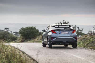 Toyota C-HR Hybrid 2020-8