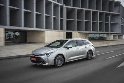 Toyota Corolla 1.8 Hybrid Touring Sports-1