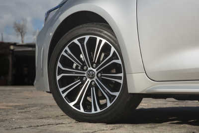 Toyota Corolla 1.8 Hybrid Touring Sports-19