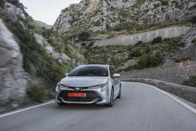 Toyota Corolla 1.8 Hybrid Touring Sports-4