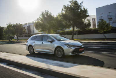 Toyota Corolla 1.8 Hybrid Touring Sports-5