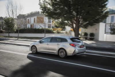 Toyota Corolla 1.8 Hybrid Touring Sports-8