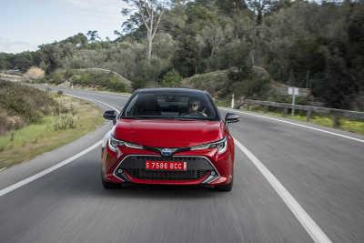 Toyota Corolla 2.0 Hybrid 5d-15