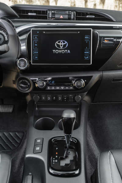 Toyota Hilux-5