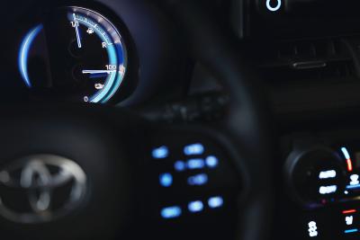 Toyota RAV4 Plug-in Hybrid-1