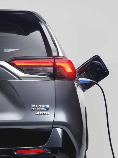 Toyota RAV4 Plug-in Hybrid-9