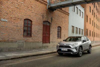 Provkörning: Toyota RAV4 Laddhybrid – allt om succébilen