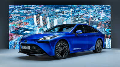 Toyota lanserar vätgasdrivna elbilen Mirai i KINTO Share