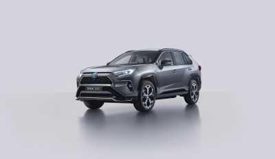 Nya Toyota RAV4 Plug-in Hybrid öppen för reservation
