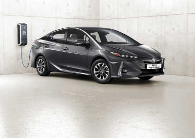 """Laddhybrider jämförda – Toyota Prius """"grönast"""" med bred marginal"""