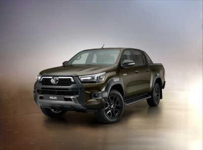 Officiell: Nya Toyota Hilux – starkare och snyggare