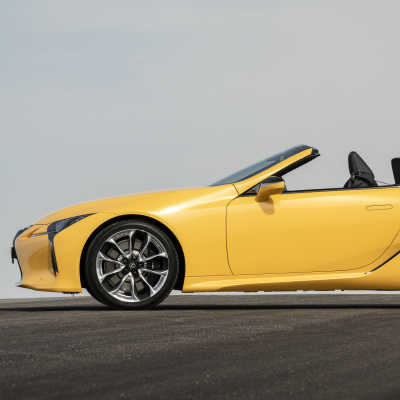 LC 500 Convertible i final för Women's World Car of the Year