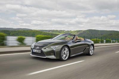 Lexus LC Convertible: Harmonisk upplevelse och kraftfullt temperament